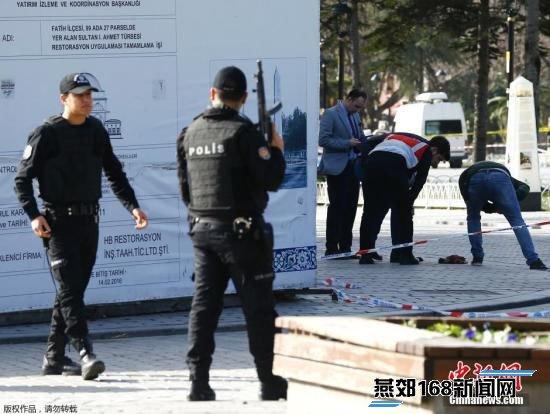 据土耳其当地媒体称,爆炸发生在苏丹艾哈迈德广场(Sultanahmet),是伊斯坦布尔的一个主要旅游景点。